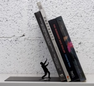 falling-books-bookends.png